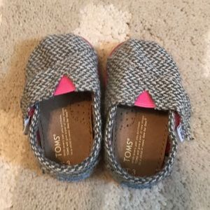 Barely worn Toms